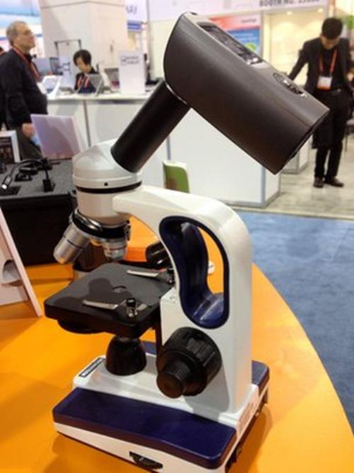 _66198952_brinno_microscopecamera